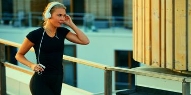 How Your Body Reacts When You Exercise With Music