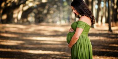 Maternity Photos Make Us Want To Get Pregnant
