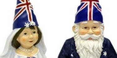 royal wedding gnomes