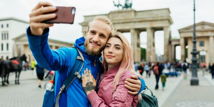 Tips For Using Dating Apps cover image