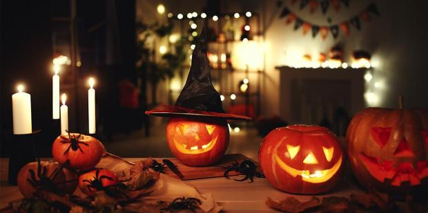 84 Easy DIY Halloween Decorations For A Ghoulishly Spooky House