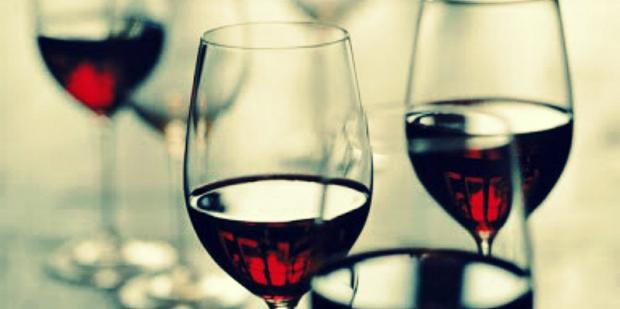 Women Who Drink Red Wine Have Stronger Libidos (Says Science)