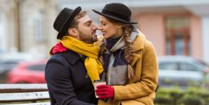 8 Awesome Holiday Date Ideas That Don't Suck