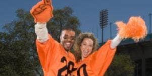 sports fan couple