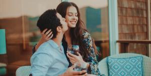 9 Cute, Easy 1-Hour Date Ideas For Busy Parents