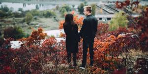 7 Signs A Relationship Is Over