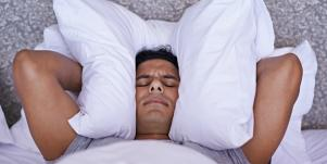 Struggling To Sleep? Natural Insomnia Cures That REALLY Work