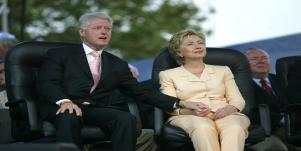 Hillary Clinton, $250,000 Income Is NOT Middle Class
