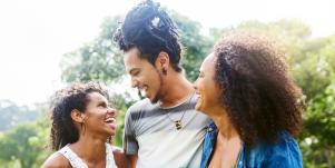 How To Decide If You Should Try Polyamorous Dating & Open Relationships