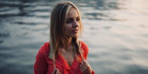 Why Am I Still Single? 18 Subconscious Beliefs Sabotaging Your Relationships