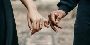 Love & Marriage In The Bible, According To 1 Corinthians 7