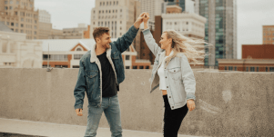 6 Common Dating Behaviors Keeping You Single