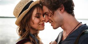 5 Weird Things Couples Do When They're In Love