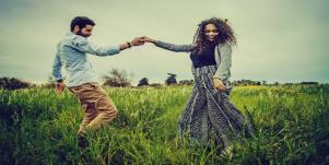 5 Essential Things For Couples To Do Together To Grow A Healthy Relationship