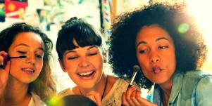 The *Real* Reason Your BFF Knows You Better Than Your Own Family