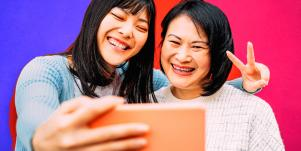 50 Questions To Ask Your Mom (To Get To Know Her Better)