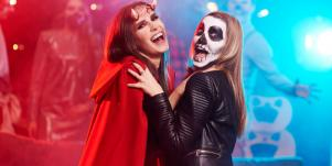 21 Best Halloween Costumes For Women And Couples Based On Zodiac Signs And Astrology