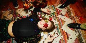 Feeling Like A Grinch? 2 Holiday Hacks To Keep You Jolly
