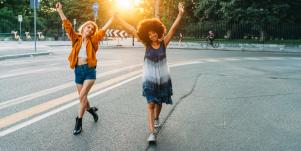Why Healthy Relationships Are The Secret To A Truly Happy (And Healthy!) Life