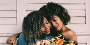 How To Have A Healthy Relationship When You're An Extrovert In Love With An Introvert