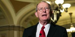 who is Lamar Alexander's wife