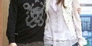 Mandy Moore and DJ AM: Fiery Reunion?