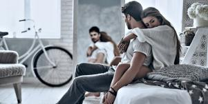 10 Signs Your Marriage Over & How To Fix A Relationship Before It's Too Late