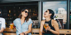 How To Meet New People And Get A Date Without Using Online Dating Sites & Apps