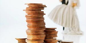 What's Better For Finances: Getting Married Or Staying Single?