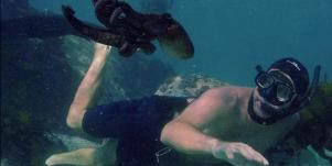 Craig Foster with octopus