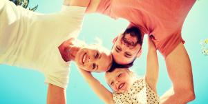 3 Myths About Father-Daughter Relationships And Girls' Body Image