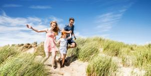 Parenting Advice For Polyamorous Couples With Children