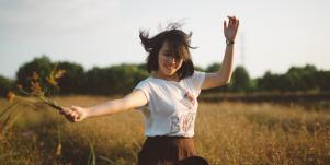 How To Love Yourself & Build Self Esteem By Questioning Your Limiting Beliefs & Having Self Acceptance