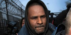Who Is Joycelyn Savage? New Details About R. Kelly's Girlfriend