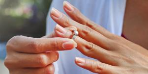 I Stopped Wearing My Wedding Ring And Had A Marriage Epiphany