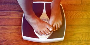 Sudden Weight Gain: 15 Weird Things That Might Be Causing It