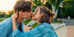 8 Steps To Improve Communication For Better Sex
