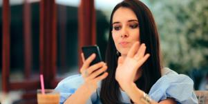 These Are The Most Right-Swiped Women's Names On Tinder