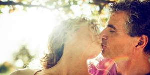 6 Scientifically-Proven Facts That Make Understanding Love Way Less Confusing