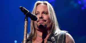 who is Vince Neil's wife