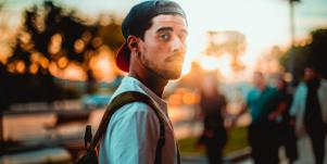 5 Reasons Your 20-Something Boyfriend Wants Kids (Says Science)