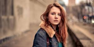 7 Heartbreaking Reasons Why People Stay Abusive Relationships