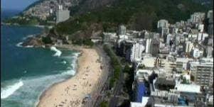 Single In Brazil: Kiss Everyone!