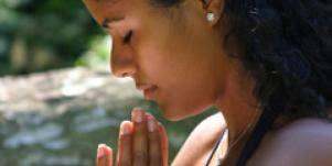 married woman praying