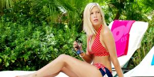 Tori Spelling Bikini