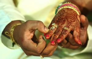 """I Was Scammed By My Indian """"Boyfriend"""" — And The Matchmaker Who Set Us Up"""