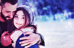 When Is The December 2018 Full Cold Moon In Cancer? How Lunar Energy Affects All Zodiac Signs In Love & Relationships