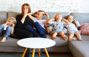 5 Huge Mistakes You're Making That'll Keep You A Single Mom Forever